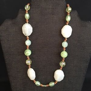 Pale green and wooden bead necklace